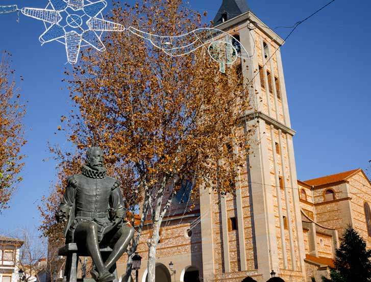 Estatua Cervantes Campo de Criptana