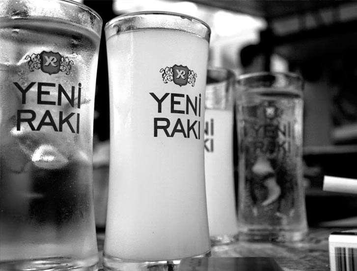 Raki (bebida)