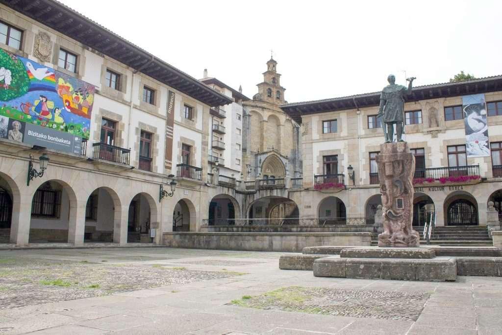 Plaza Guernica